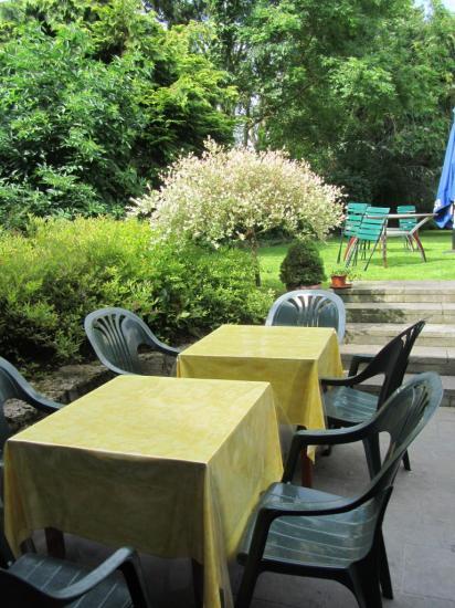 La terrasse vue sur jardin